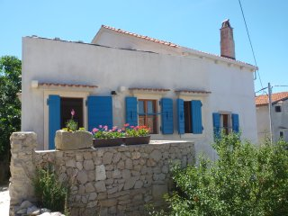 Authentic island house Unije 49 - Unije vacation rentals