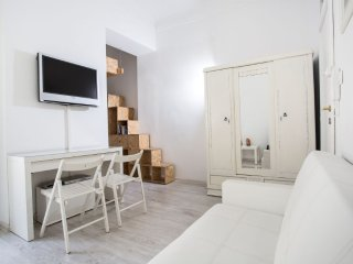 White Silence in the city heart - Krakow vacation rentals