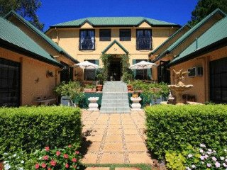 Villa Della Rosa Bed & Breakfast - Tamborine vacation rentals