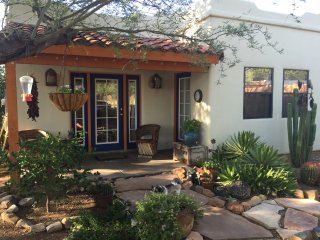Relaxing Southwestern Style Casita with an Oasis  in the Heart of Tucson. - Tucson vacation rentals