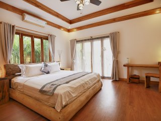Private luxurious ensuite 2 at the Boathouse - Hoi An vacation rentals