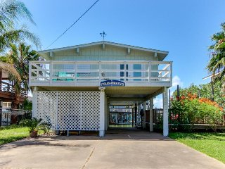Waterfront home w/boat slip — fish on back deck! - Jamaica Beach vacation rentals