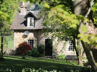 Lovely Detached Cottage with wi-fi - Cupar vacation rentals
