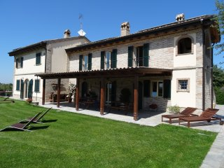 Nice 1 bedroom Fermo Cottage with Internet Access - Fermo vacation rentals