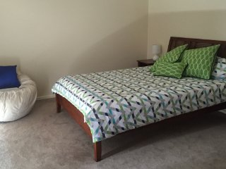 4 bedroom House with Television in North Beach - North Beach vacation rentals