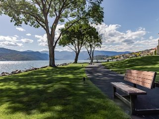 Lake/pool views from first-floor condo with shared hot tub! - Chelan vacation rentals