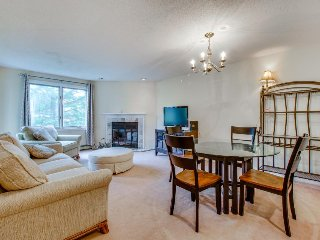 Ski-in/ski-out Pico Mountain condo with access to a shared pool, hot tub & gym! - Killington vacation rentals