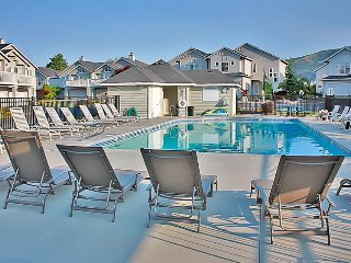 Wapato Point townhome w/shared pool - boat launches & shoreline nearby! - Manson vacation rentals