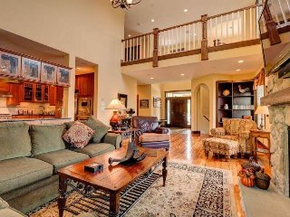 Luxurious townhome w/private hot tub & soaking tub - West Dover vacation rentals