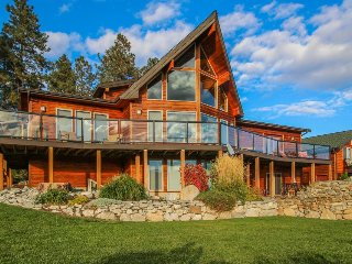 Lake views, a pool/hot tub, basketball court, and more! - Manson vacation rentals