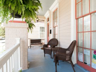 Historic Algiers Point -- 5-minute Ferry To French Quarter - New Orleans vacation rentals
