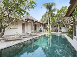 Charming homey Villa Anais 3BR in heart of Seminyk - Seminyak vacation rentals
