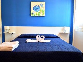 SC017 Villa 12 posti con clima, giardino, area bbq - Scopello vacation rentals