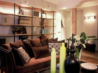 LOUVRE/MONTORGUEIL ~ LUXURY & AIRCON~2BR/2BATH!! - Paris vacation rentals