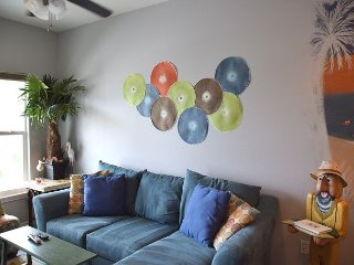 NEW!! Professionally Decorated with Coastal Theme, 4 Br, 3 bath. Sleeps 12 - Port Aransas vacation rentals