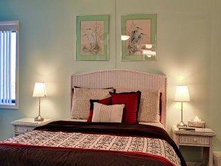 Aldea 7 BEACHFRONT BEACHFRONT 1 Bedroom on Quiet Belleair - Belleair Beach vacation rentals