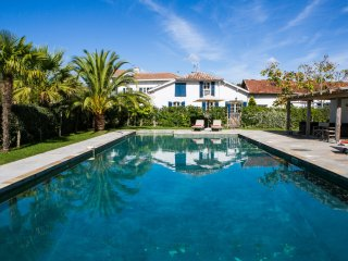 Manor house with tennis court near Biarritz - Saint-Martin-de-Seignanx vacation rentals