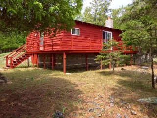 Tobermory Cottage Rental on the Lake! - Tobermory vacation rentals