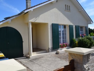 Villa La Paisible avec jardin, terrasse, wifi, tv - Merlimont vacation rentals