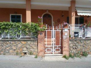 Indipendente,ristrutturato,vista mare,terrazza. - Monte Argentario vacation rentals