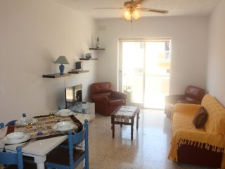 Central Comfortable  2 Bedroom Apartment Free Wifi - Bugibba vacation rentals