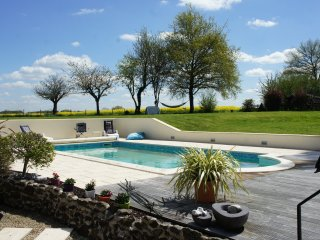 Nice 3 bedroom La Chapelle-Saint-Etienne Gite with Deck - La Chapelle-Saint-Etienne vacation rentals