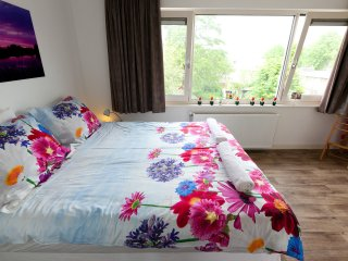Connect-Inn Clear and Cheerful - Amsterdam vacation rentals