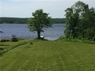 Waterfront Cottage located in Cambridge Narrows - Cambridge-Narrows vacation rentals