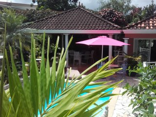 Romantic Le Lamentin vacation Apartment with A/C - Le Lamentin vacation rentals