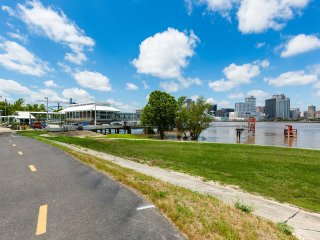 Algiers Point Apartment near Algiers Ferry - New Orleans vacation rentals
