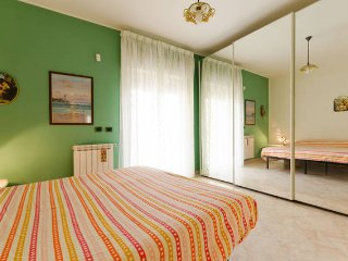 Nice Condo with A/C and Washing Machine - Torregrotta vacation rentals