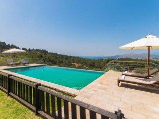 Unique Villa with Bay views 12 guests - Mal Pas vacation rentals