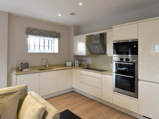 The Roysse Suite - The Old Gaol Service Aprartment - Abingdon vacation rentals