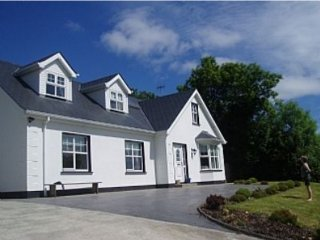 Spacious Home in Redcastle, Sea Views, Games Room - Donegal vacation rentals