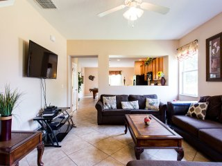 ****New townhouse 1 mile from the Parks - Kissimmee vacation rentals