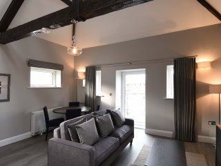 The Morland Suite - The Old Gaol Service Apartment - Abingdon vacation rentals