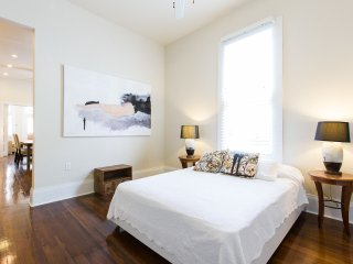 Art Gem in Bywater - New Orleans vacation rentals