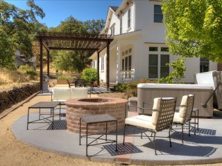 4BR/2.5BA Estate at Pinot Hill in Healdsburg - Healdsburg vacation rentals