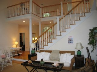 Exceptional 5 Bedroom Home with Dock and Tennis Courts (400) - Massachusetts vacation rentals