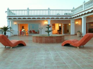 Perfect Villa with A/C and Satellite Or Cable TV in Nuestra Senora de Jesus - Nuestra Senora de Jesus vacation rentals