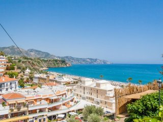 Beautiful 2 bedroom Apartment in Nerja - Nerja vacation rentals