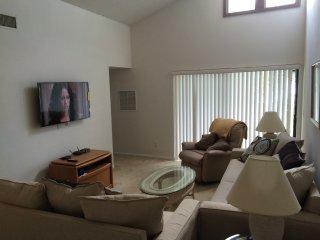 Orlando vacation condo 2 Bedroom Ventura golf club - Kissimmee vacation rentals
