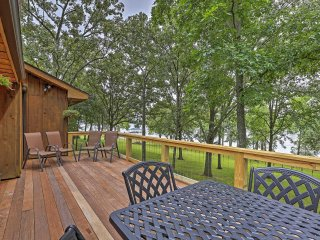 Lakefront 4BR Benton Cabin w/Private Dock - Benton vacation rentals