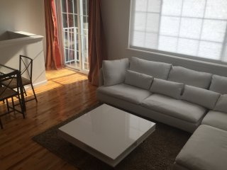 Sunfilled & Chic Uptown Apartment - Bronx vacation rentals