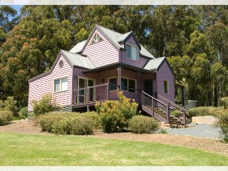 Nice Bed and Breakfast with Television and Balcony - Yarra Junction vacation rentals