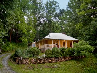 Nice House with Porch and Mountain Views - Little Switzerland vacation rentals