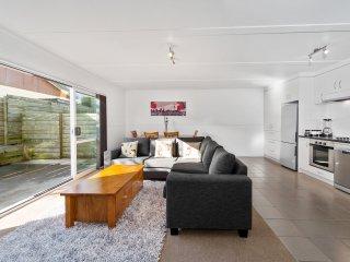 2 bedroom House with Internet Access in Rotorua - Rotorua vacation rentals