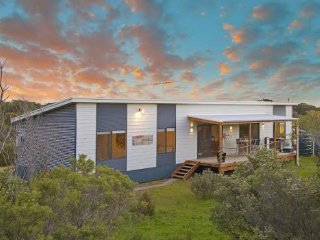 A One One Two at Island Beach - American River vacation rentals