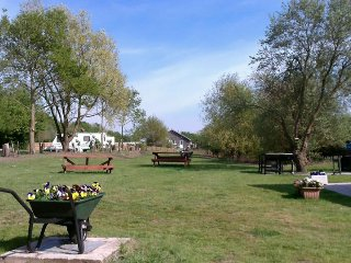 1 bedroom Caravan/mobile home with Shared Outdoor Pool in Thorney - Thorney vacation rentals