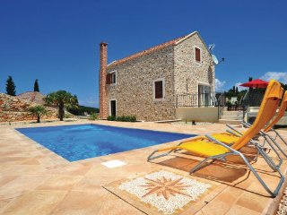 6 bedroom Villa in Dugi Otok, Northern Dalmatia, Croatia : ref 2095592 - Zman vacation rentals
